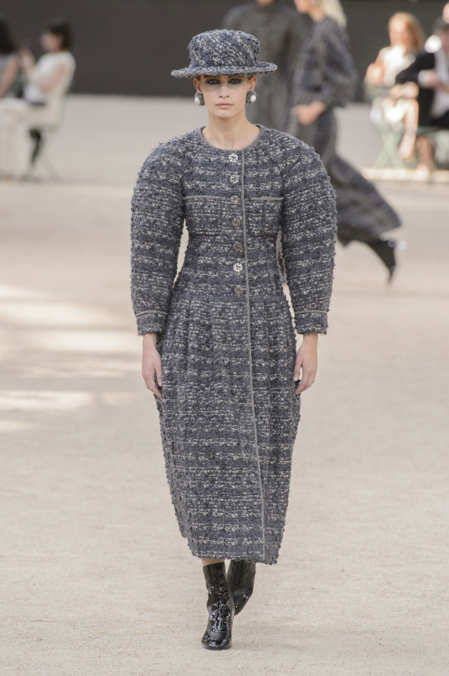 Photo 2 from Chanel