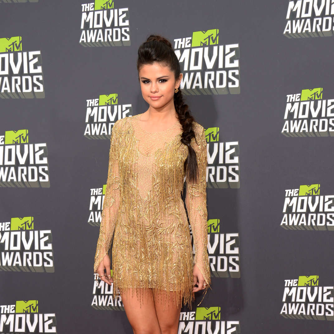 4cb4ec3135 See All the Looks From the MTV Movie Awards Red Carpet