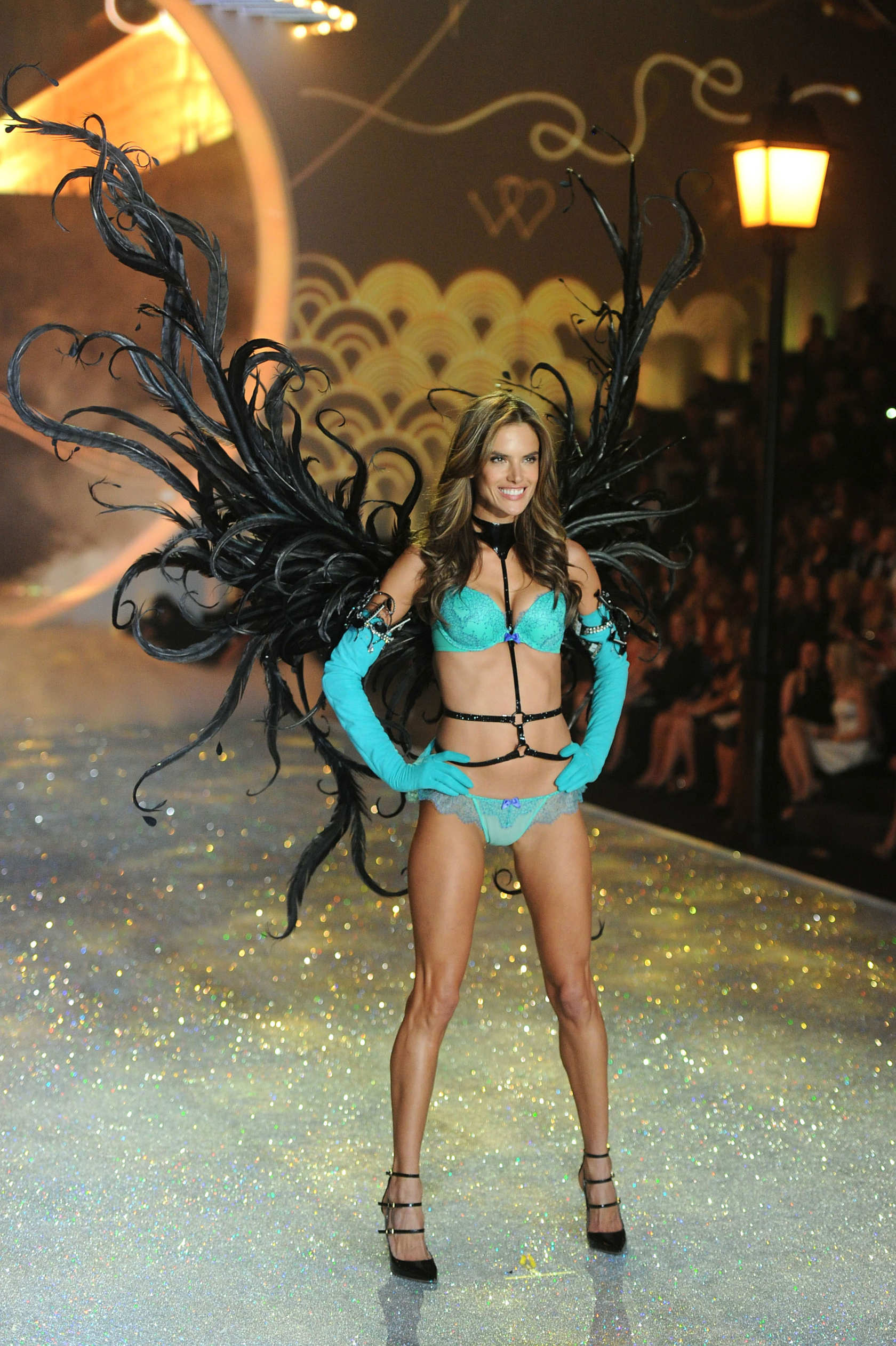 1046016175 Alessandra Ambrosio - Victoria s Secret Fashion Show - The Cut